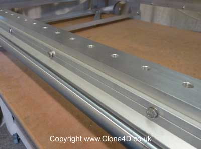 Clone 4D linear bearing rail